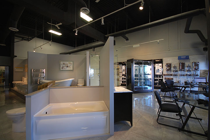 Kitchens & Baths Showroom Bathtub